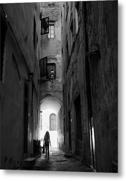 Into The Light, Florence, Italy Metal Print by Richard Goodrich