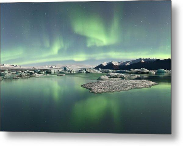 Jokulsarlon Lagoon Aurora Borealis Metal Print by Reed Ingram Weir