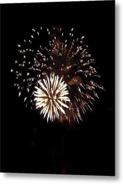 July 4th Fireworks Metal Print by Jeanette Oberholtzer