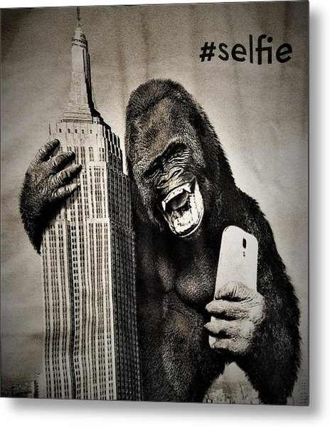 Metal Print featuring the photograph King Kong Selfie by Rob Hans