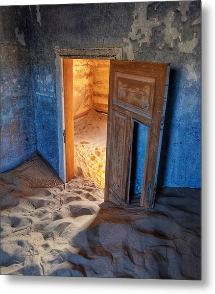 Metal Print featuring the photograph Kolmanskop by Rand
