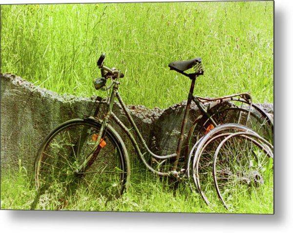 La Bicyclette Metal Print