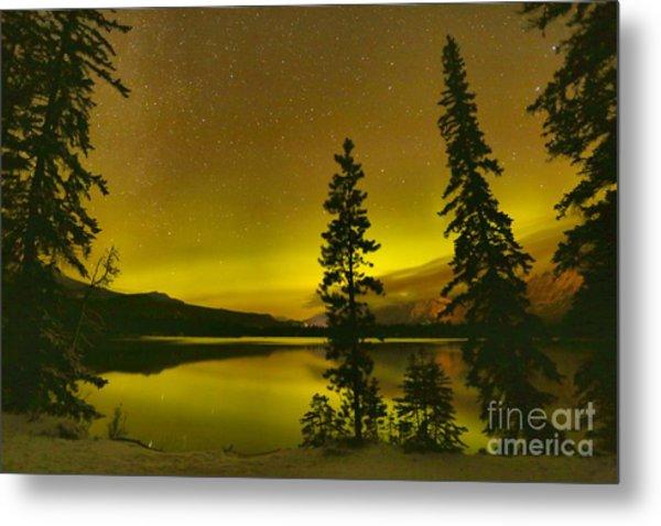 Lac Edith Northern Lights Metal Print