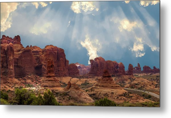 Land Of The Giants Metal Print