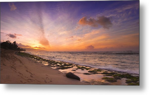 Metal Print featuring the photograph Laniakea Sunset by Geoffrey Lewis