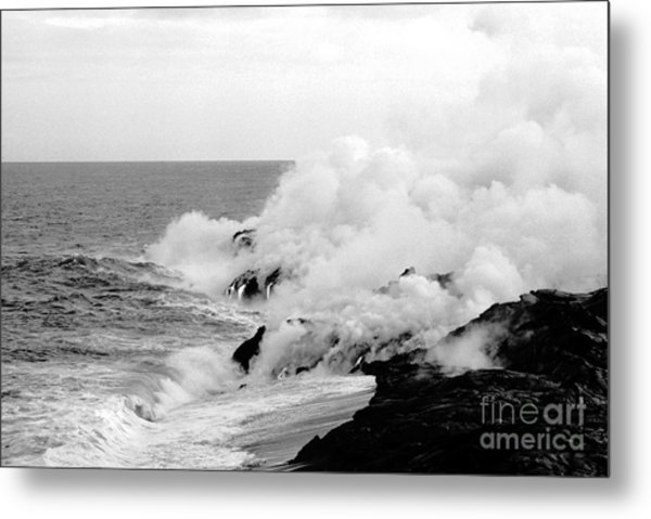 Lava Flowing To The Sea Metal Print by Susan Chandler