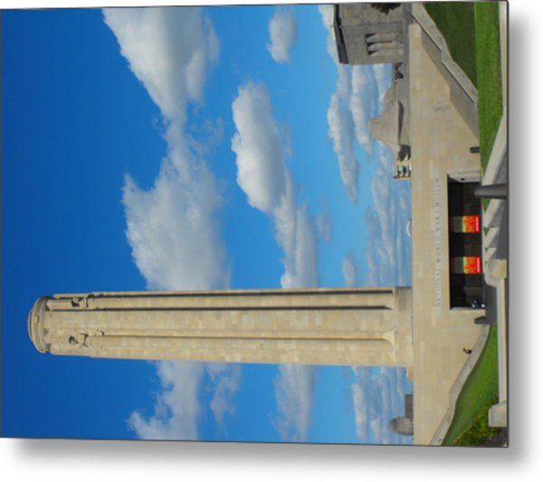 Liberty Memorial On A Perfect Day Metal Print