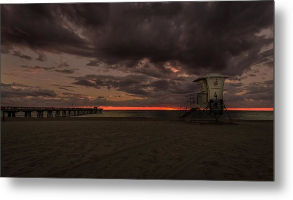 Lifeguard Tower At Sunrise Metal Print