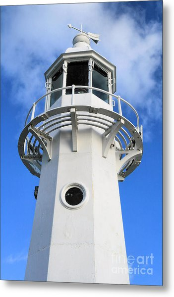 Lighthouse Metal Print by Carl Whitfield