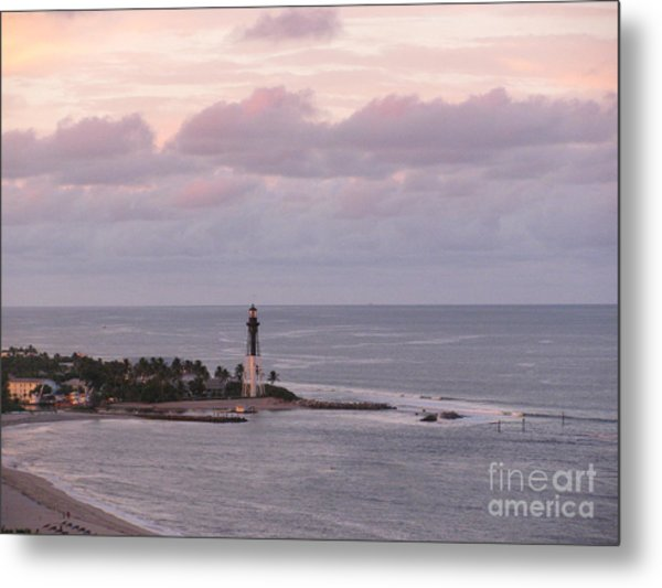 Lighthouse Sunset Peach And Lavender Metal Print