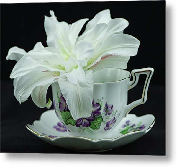 Lily With Teacup Metal Print