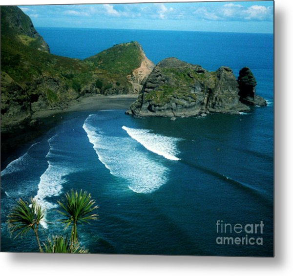 Lion Beach Piha New Zealand Metal Print