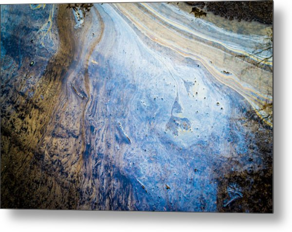 Liquid Oil On Water With Marble Wash Effects Metal Print