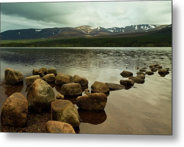 Loch Morlich And The Cairn Gorms Metal Print by Bill Buchan
