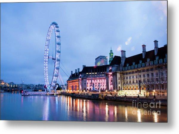 London Eye At Night Metal Print by Donald Davis