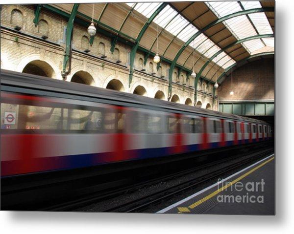 London Underground Metal Print by Catja Pafort