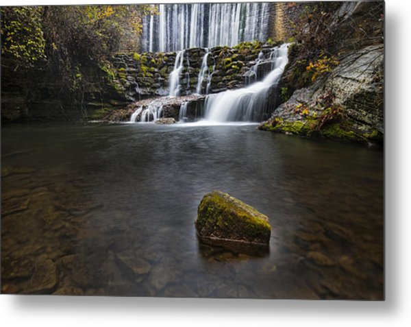 Lone Rock At The Falls Metal Print