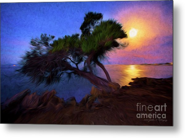 Lone Tree On Pacific Coast Highway At Moonset Metal Print