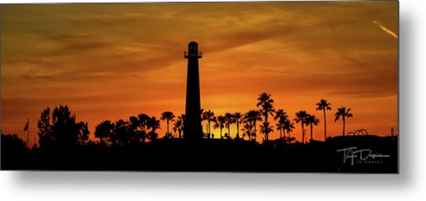 Long Beach Lighthouse Metal Print