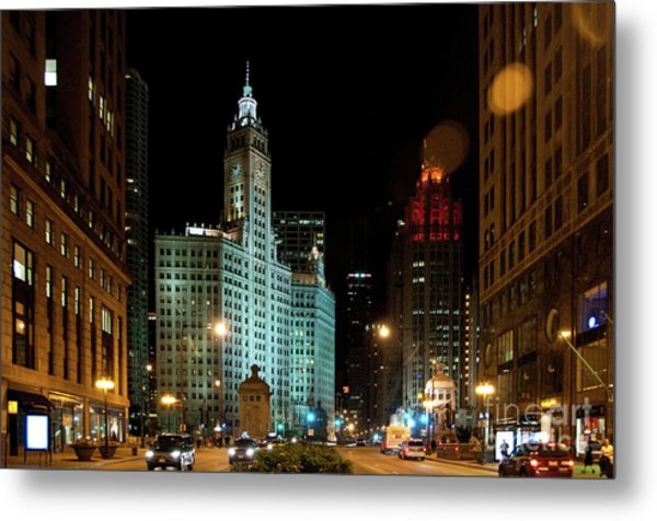 Looking North On Michigan Avenue At Wrigley Building Metal Print