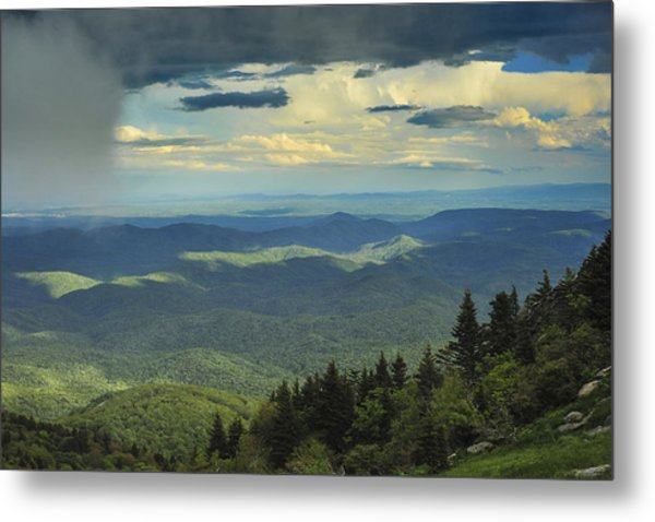 Looking Over The Valley Metal Print