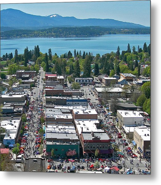 Lost In The 50s Sandpoint Metal Print by Jerry Luther