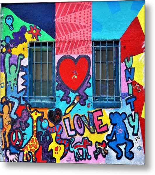 Metal Print featuring the photograph Love Haring  by Rob Hans