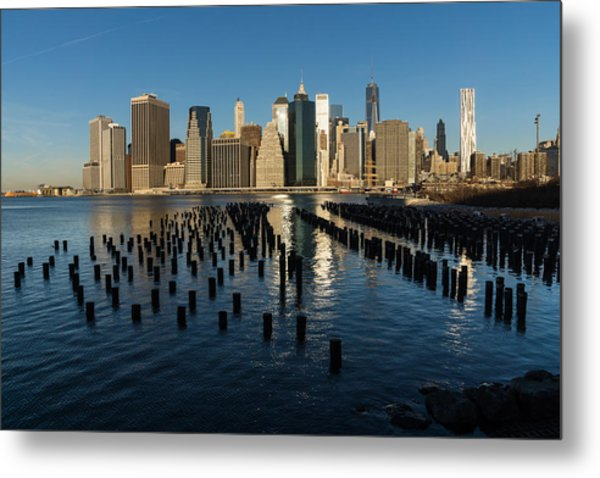 Luminous Blue Silver And Gold - Manhattan Skyline And East River Metal Print