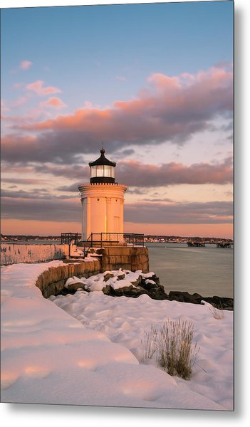 Metal Print featuring the photograph Maine Bug Light Lighthouse Snow At Sunset by Ranjay Mitra