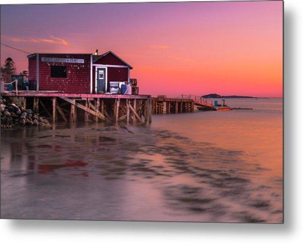 Maine Coastal Sunset At Dicks Lobsters - Crabs Shack Metal Print