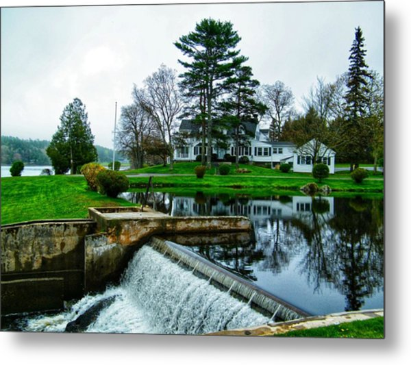 Maine House  Metal Print