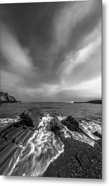 Maine Storm Clouds And Crashing Waves On Rocky Coast Metal Print