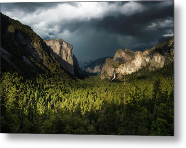 Majestic Yosemite National Park Metal Print