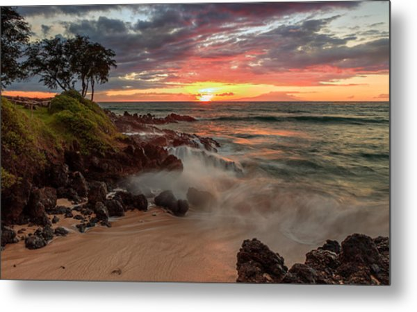 Metal Print featuring the photograph Maluaka Beach Sunset by Susan Rissi Tregoning