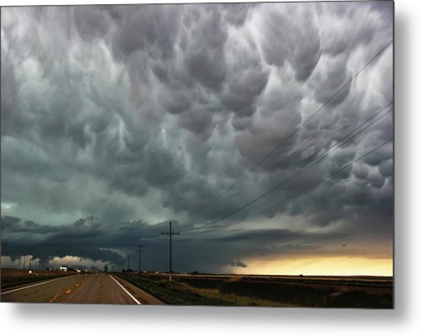 Mammatus Over Montata Metal Print