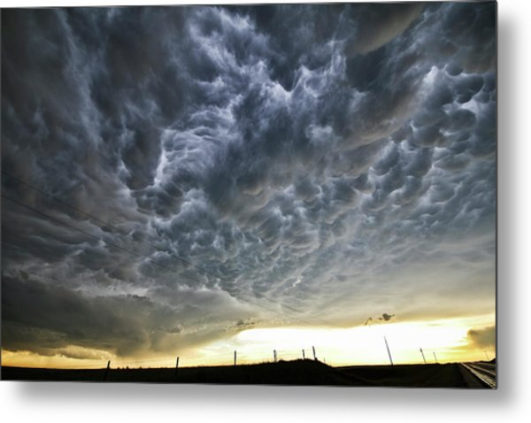 Mammatus Over Nebraska Metal Print
