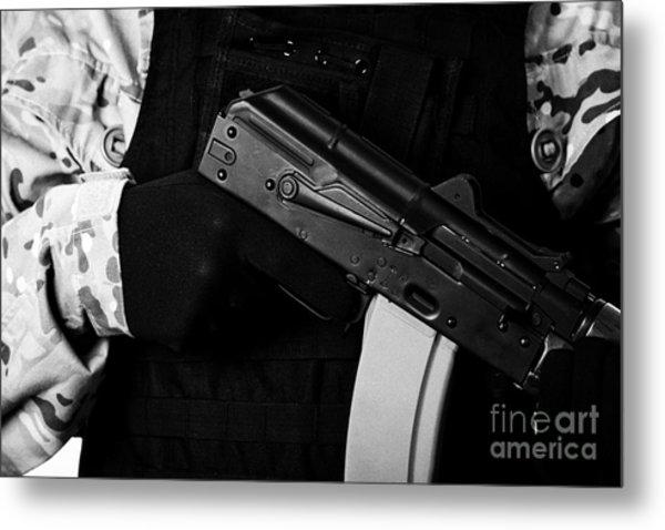 Man In Combat Fatigues And Bullet Proof Jacket Holding Aks-47u Close Quarter Combat Kalashnikov Rifl Metal Print
