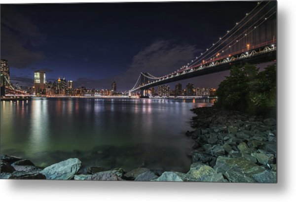 Manhattan Bridge Twinkles At Night Metal Print