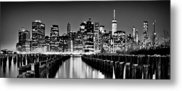 Manhattan Skyline Bw Metal Print