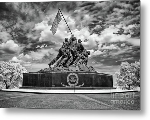 Marine Corps War Memorial Metal Print