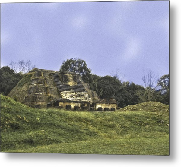 Metal Print featuring the photograph Mayan Ruins In Belize by Linda Constant