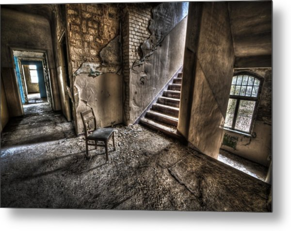Middle Floor Seating Metal Print