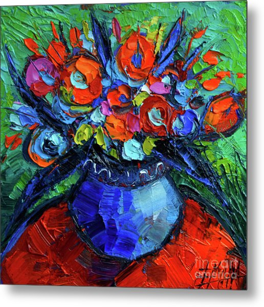 Mini Floral On Red Round Table Metal Print