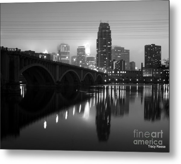 Mississippi Glass Metal Print by Tracy Reese