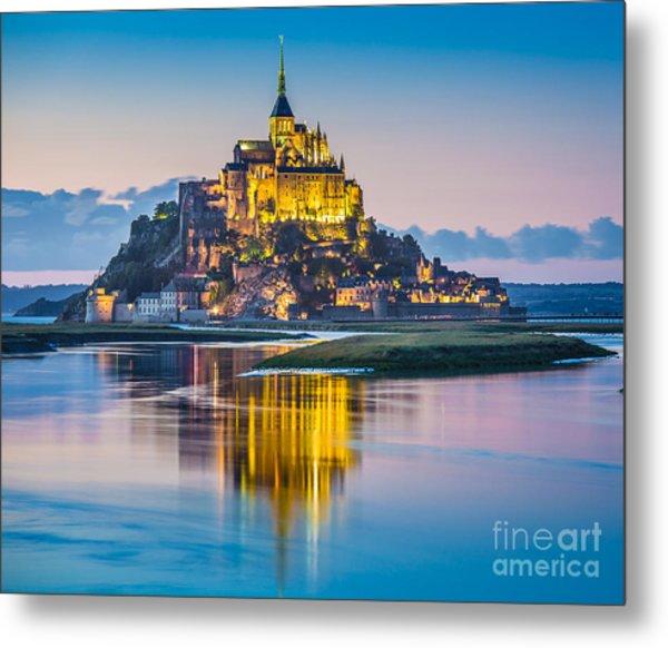 Mont Saint-michel In Twilight Metal Print