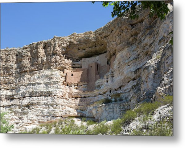 Metal Print featuring the photograph Montezuma Castle National Monument Arizona by Steven Frame