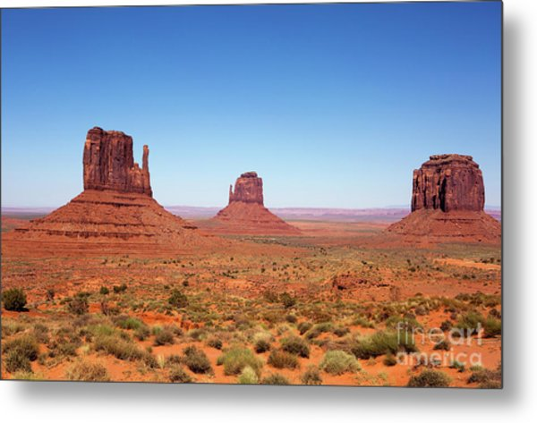 Monument Valley Utah The Mittens Metal Print