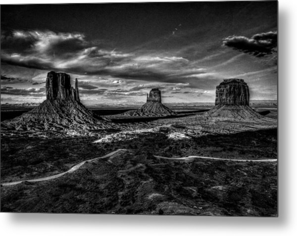 Monument Valley Views Bw Metal Print