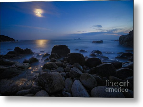 Moon Over Rocks At The Shore Metal Print by Royce Howland