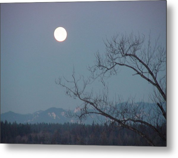 Moon Over The Olympics Metal Print by Gregory Smith